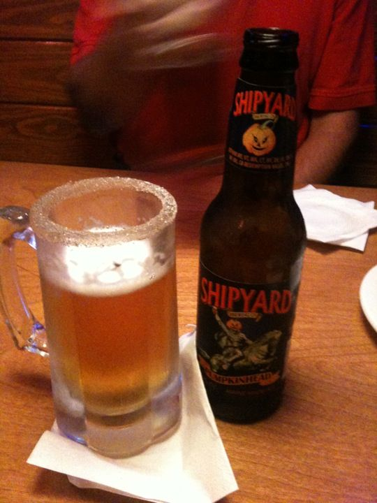 Shipyard Pumpkinhead with a cinamon-sugar rim